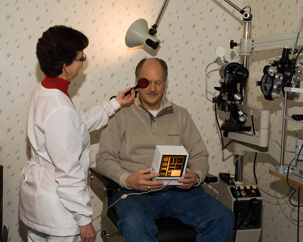 Shelby Township Eye Focusing, Teaming and Eye Movement Testing